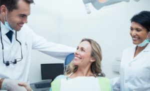 Is it Safe to Go to the Dentist with Covid-19 Transmission Still High?