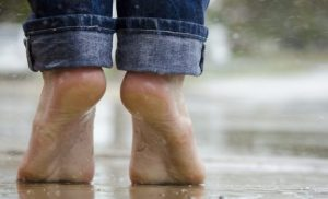 5 Reasons Why You Should See a Foot and Ankle Specialist When You Have Heel Pain